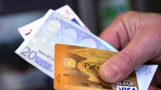 Commission domiciliation carte bancaire 0,6 %
